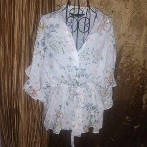 NWOT Zara billowy blouse with cinch waist size 5